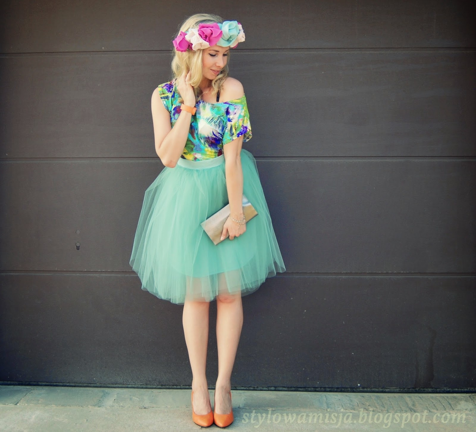 wianek, moda, stylizacja, kolorowo