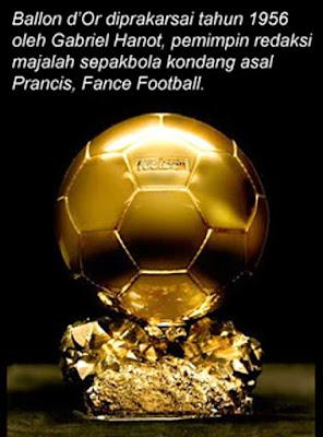 Gambar Sejarah Adanya Penghargaan FIFA Ballon D'Or Bola