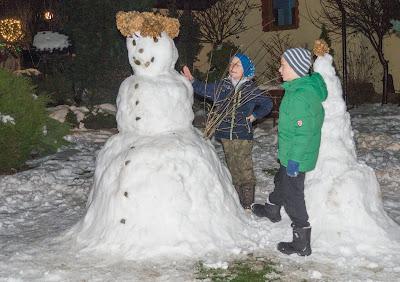 Pieniny, Szczawnica, Palenica, kolejka na Palenicę, zabawa na śniegu, budowanie bałwana