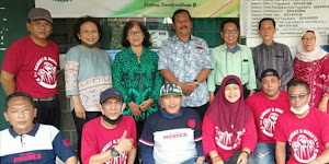 Pembagian Sembako Alumni SMA 17 Yogyakarta Peduli COVID-19