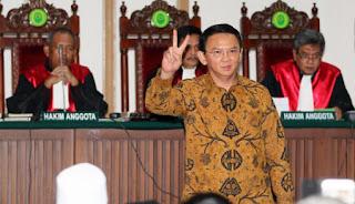 Waduh .. Politikus Golkar ini Sebut : Ahok Tak Pantas Berada di Indonesia - Commando