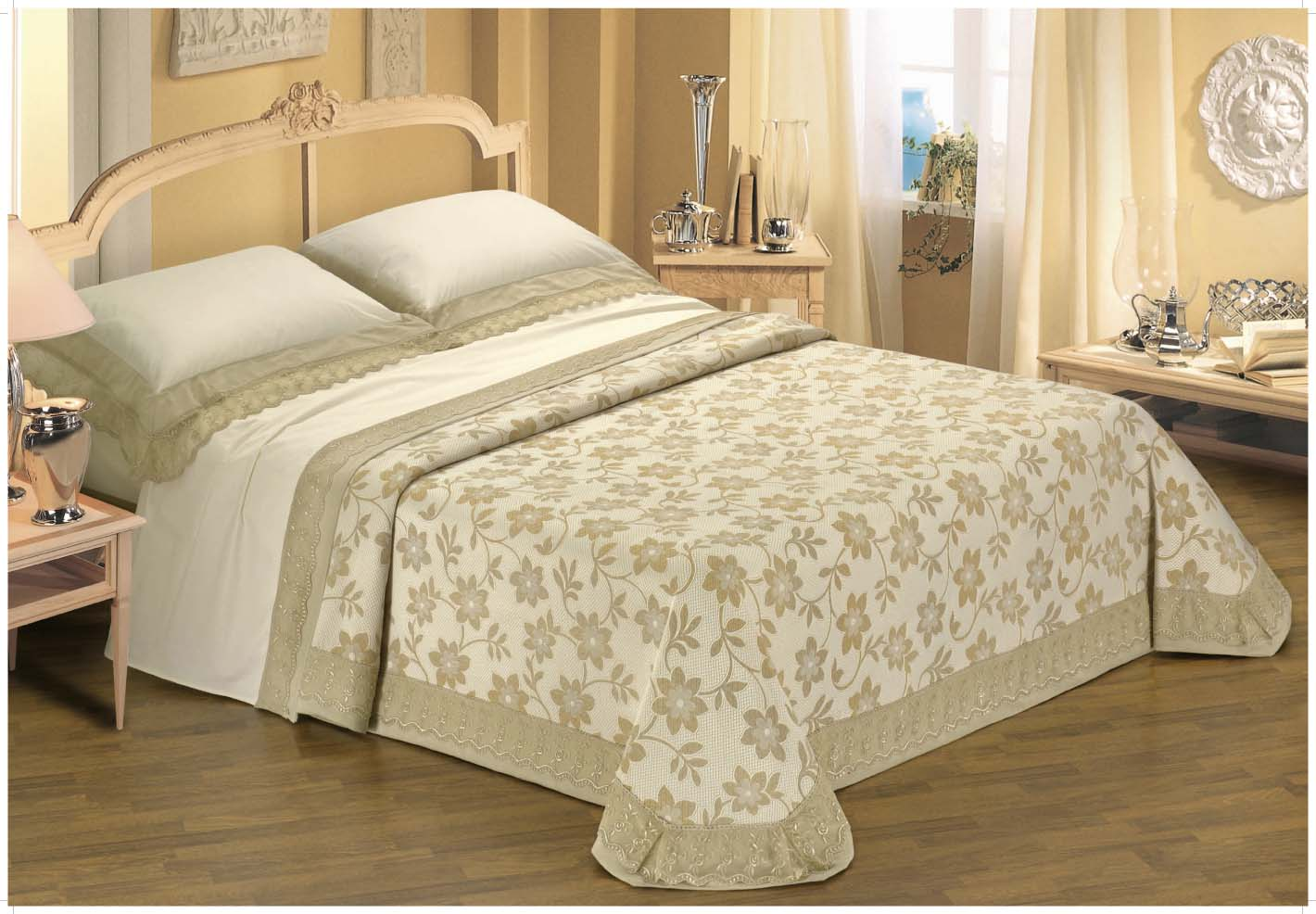 Delightful Bed Linen Sheet Set