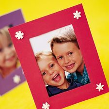 Holiday Craft: Foamy Frame