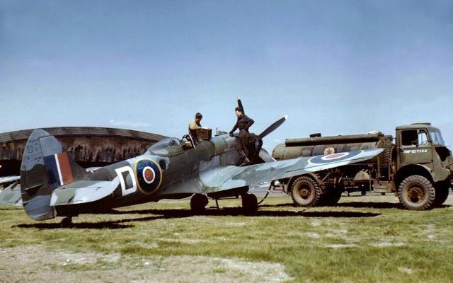 RCAF Spitfire Mk. XIV worldwartwo.filminspector.com