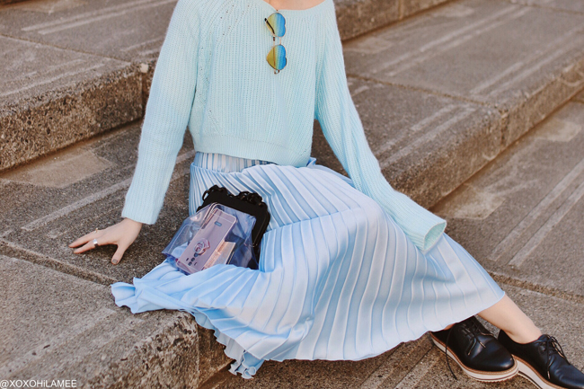 Japanese Fashion Blogger,MizuhoK,20190421OOTD, TOPSHOP=blue knit top, ZARA=blue pleated skirt, oxfords, Casselini=purple clear bag, zeroUV=blue yellow heart sunglasses