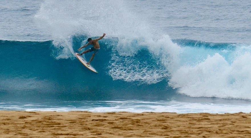 adriano souza hawai