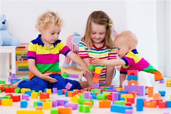أشكال اللعب عند الأطفال