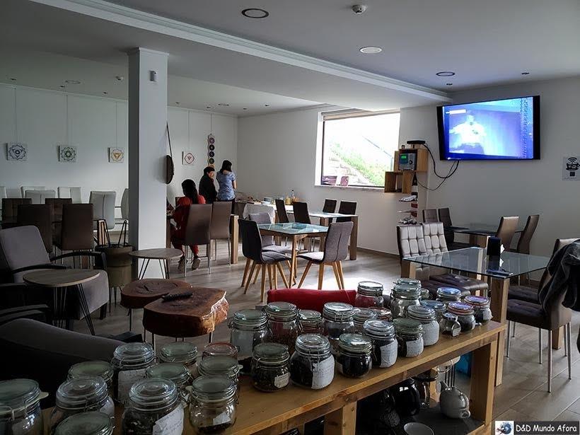 Área do café da manhã do Hotel Infusion - onde ficar em Óbidos