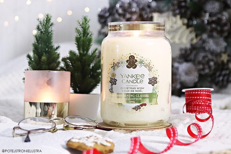 świeca yankee candle w świątecznym zapachu