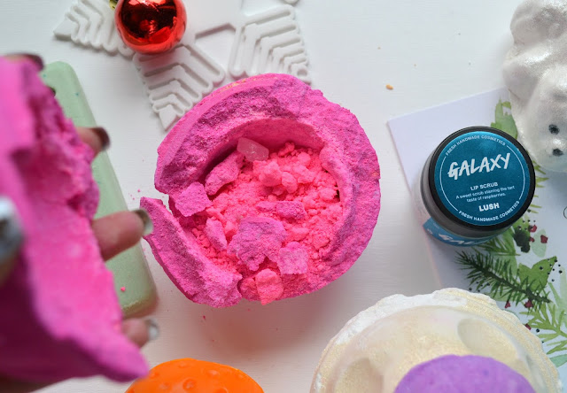 Lush Snow Fairy Bath Bomb