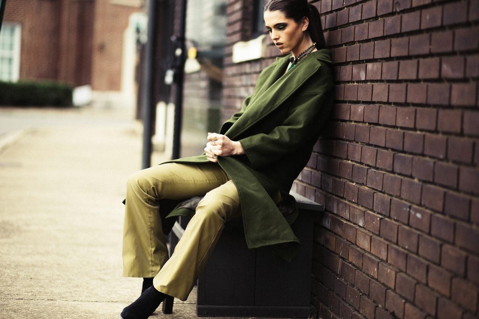 gente , mujer , moda , modelo , belleza , verde , streetwear ,