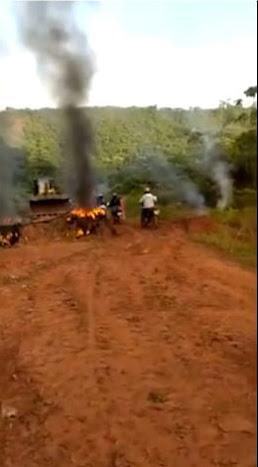 VERGONHA! Moradores de Marajá do Sena fazem protestos pelas pessimas condições da MA-008!!!