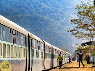 कोंकण रेलवे की यात्रा