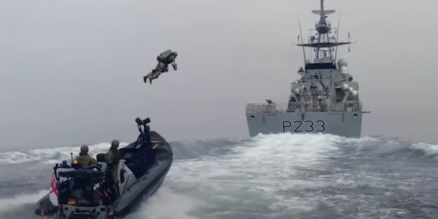 """Οι """"Iron Man"""" πεζοναύτες του βρετανικού Βασιλικού Πολεμικού Ναυτικού (βίντεο)"""