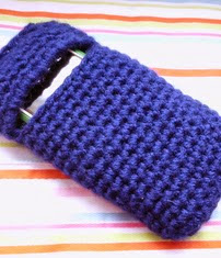 http://www.ravelry.com/patterns/library/no-sew-mobile-phone-case