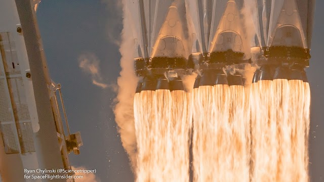 Замечательные фотографии с пуска Falcon Heavy 06/02/2018