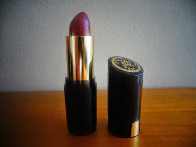 Collection Gothic Glam Lipstick (Seduction) Review