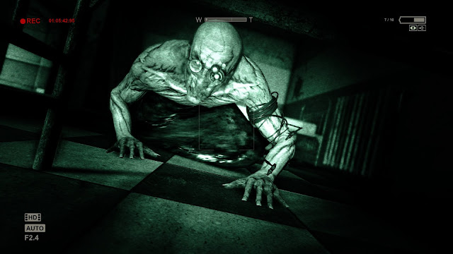 Outlast Free For PC