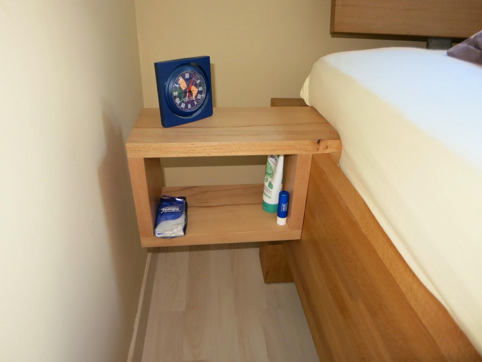 holzprojekte nachttische zum einh ngen. Black Bedroom Furniture Sets. Home Design Ideas