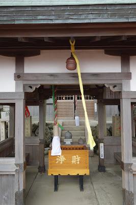 空鉢護法堂(拝殿)