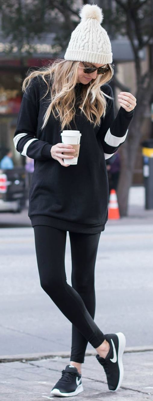 sporty outfit idea / hat + hoodie + leggings + sneakers