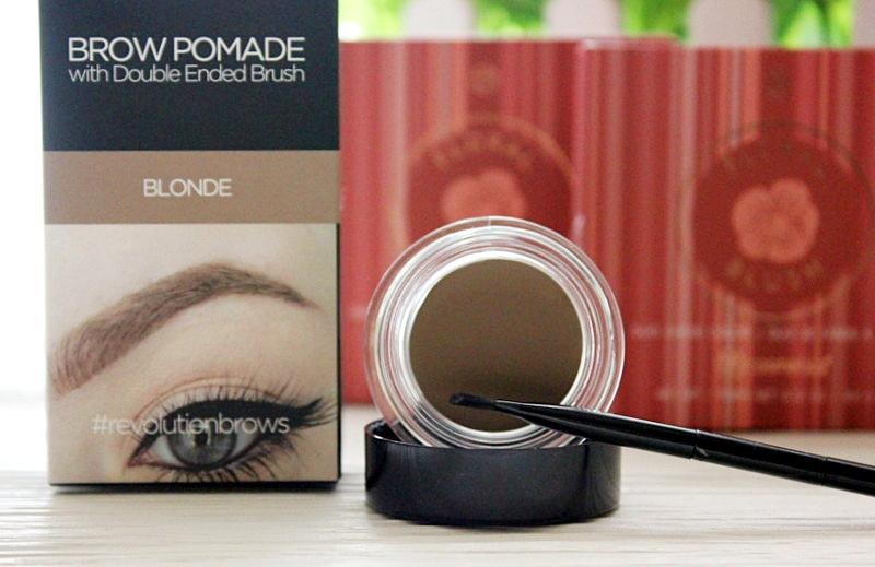 Мое разочарование - Помада для бровей Makeup Revolution Brow Pomade / обзор, отзывы