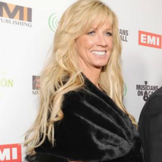 Juanita Dorricott, Celebrity Wife