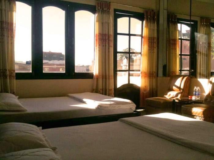 Khách sạn Violet - Bui Thi Xuan