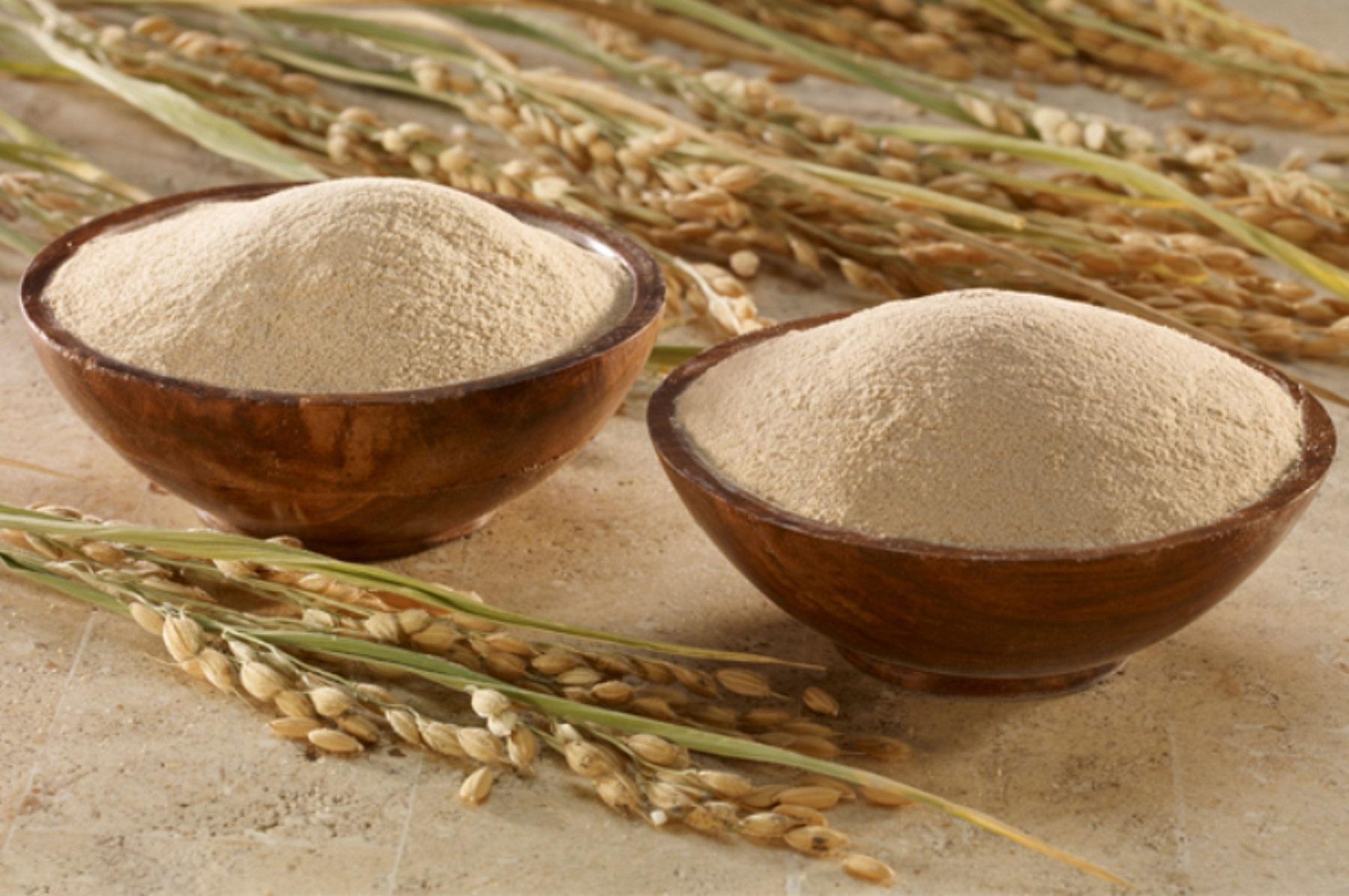 Cám gạo là thành phần tẩy da chết vật lý vô cùng nhẹ nhàng