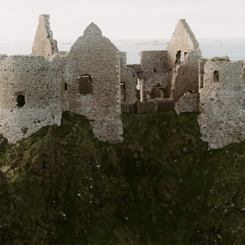 Medieval Architecture   Examples and Characteristics