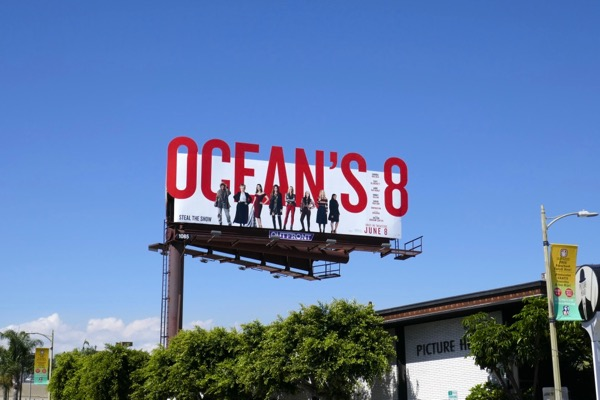 Oceans 8 film billboard