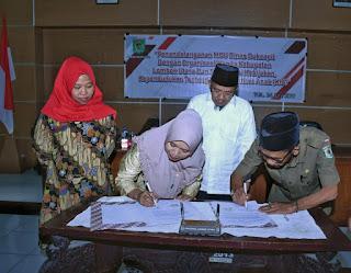 Bupati Lombok Utara Hadiri Sosialisasi dan Penandatanganan MoU Kependudukan