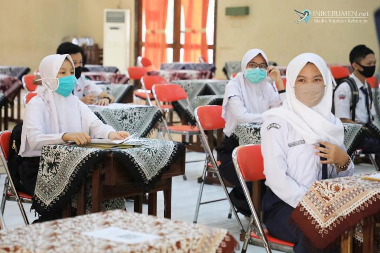 PPDB Kebumen, Anak Nakes Covid-19 Dapat Prioritas Daftar di SMA dan SMK Negeri