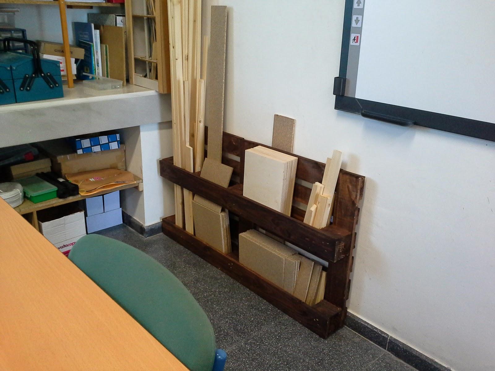 Mueble para organizar maderas en el aula de tecnolog a for Muebles para aulas