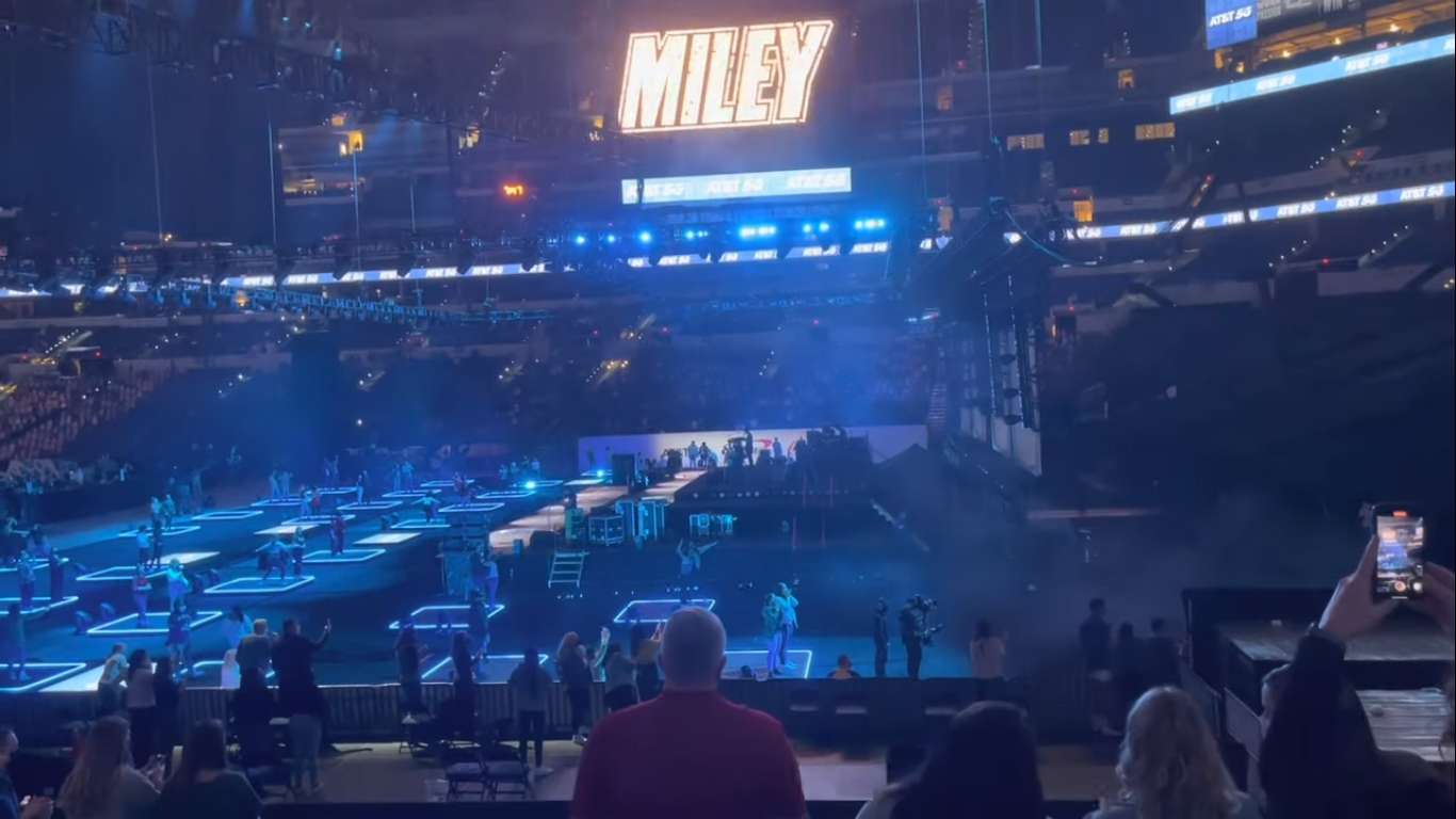 Miley Cyrus Performs Classic Rock Hits During NCAA Men's Final Four Concert