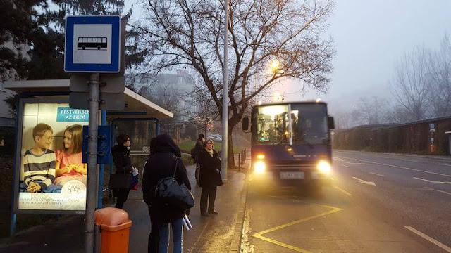 parada bus budapest