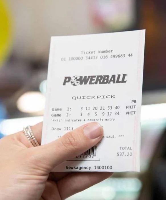 Perdió su empleo a causa del coronavirus y la suerte le sonrió: se ganó la lotería