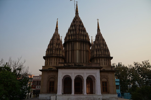 Kuil Sapi Nandhi di Varnasi