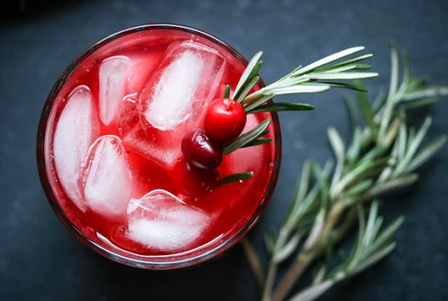 Rudolph's Tipsy Spritzer #drinks #cocktails