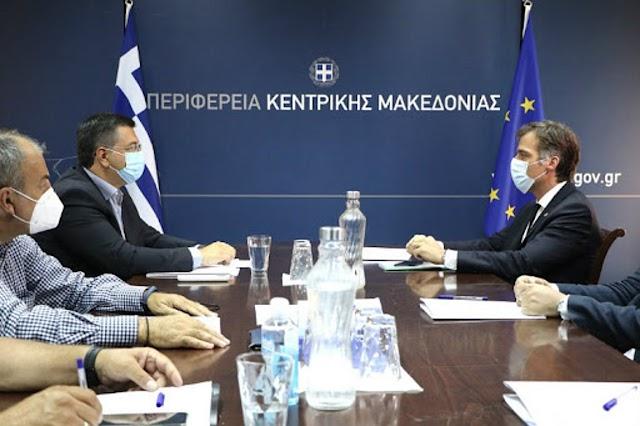 Συνάντηση του Περιφερειάρχη Κεντρικής Μακεδονίας Απόστολου Τζιτζικώστα με τον Πρόεδρο του ΕΟΔΥ Παναγιώτη Αρκουμανέα, αύριο στην Περιφέρεια Κεντρικής Μακεδονίας