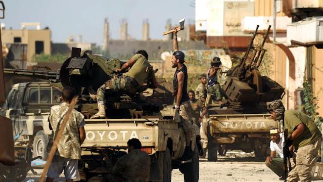 Perang berkecamuk di Libya