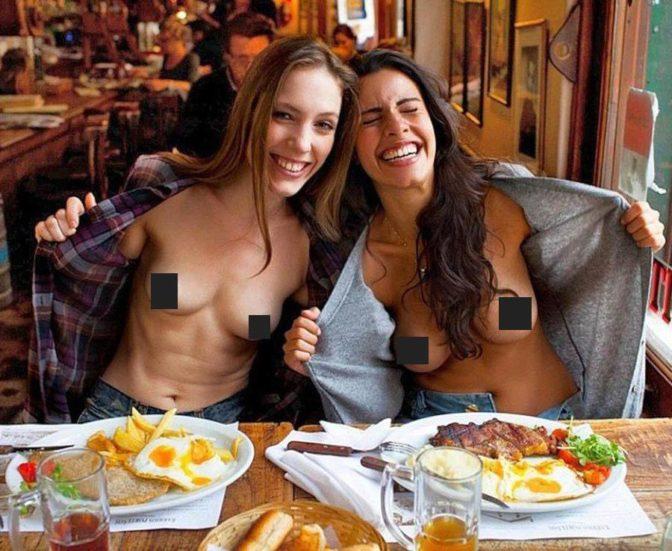 Flashing boobs restaurant excellent porn