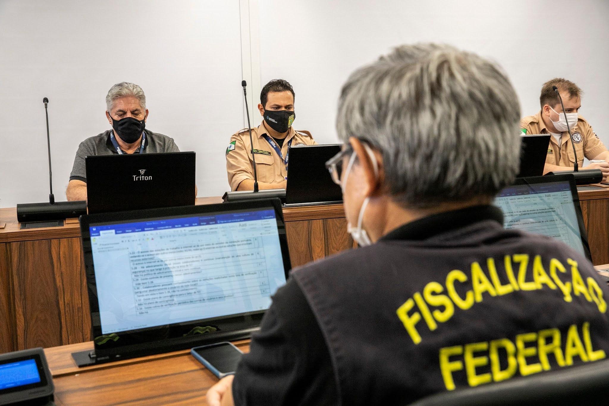 Conportos realiza auditoria no Porto de Paranaguá