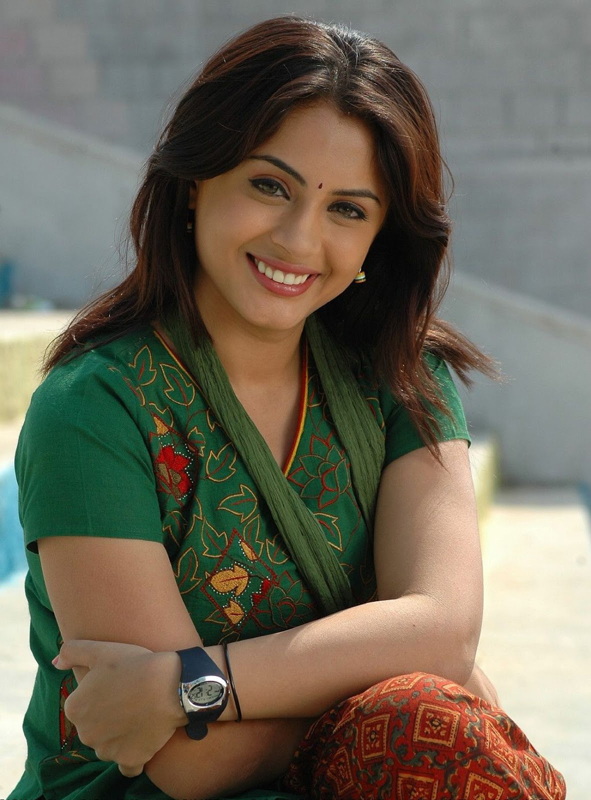 Indian actress hd wallpapers images pics gallery south - South indian actress wallpaper ...