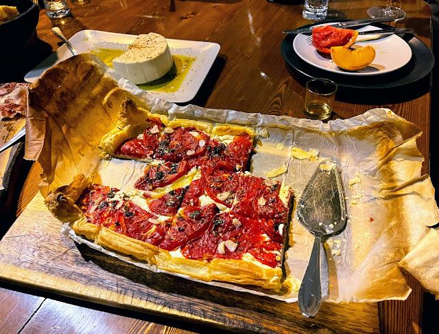 Tomato tart on a platter