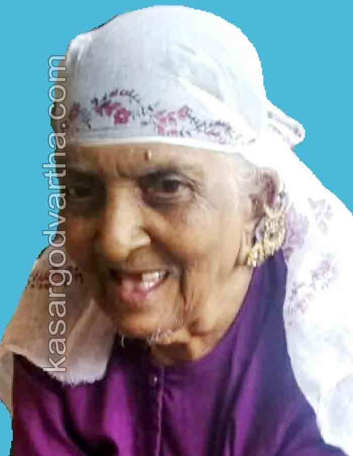 Befathima of Muttathodi Hidayath Nagar passed away