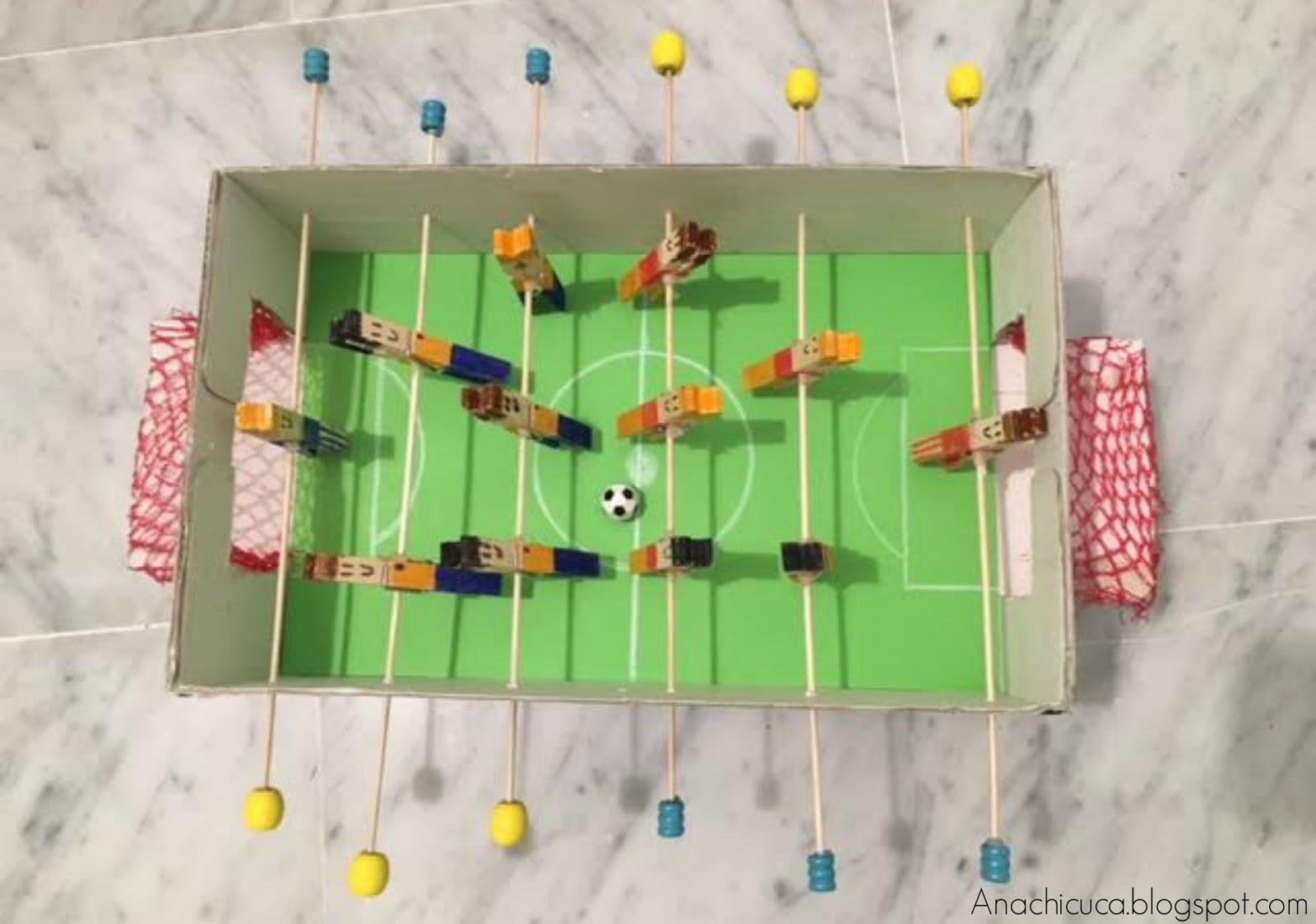 Anachicuca futbol n con caja de zapatos - Futbolines para casa ...