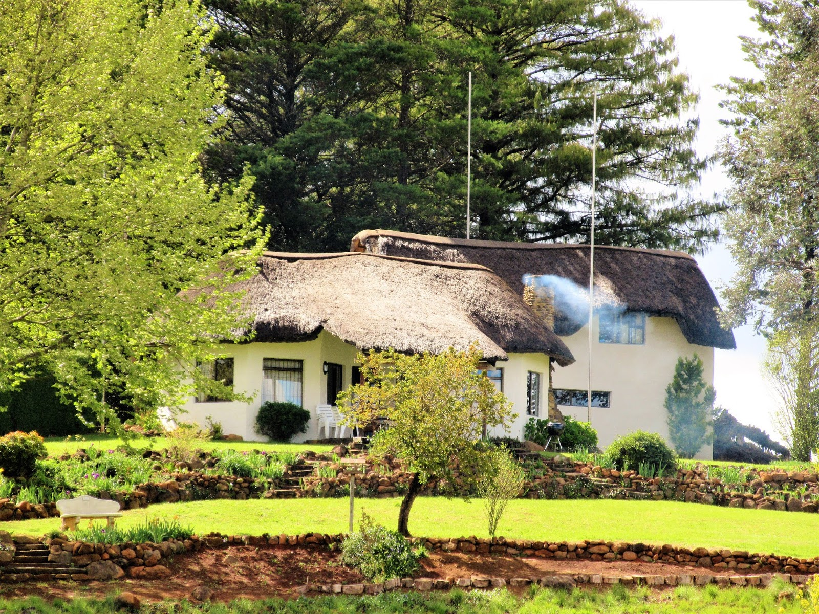 Fabulous farm living thimble cottage in underberg for Family cottages