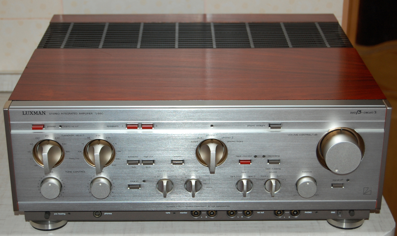 Golden Age Of Audio: Luxman L-550 integrated amplifier