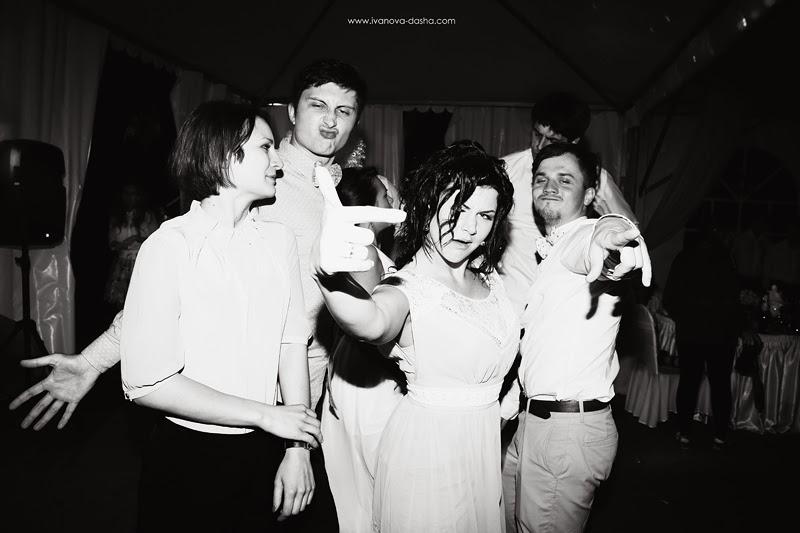 москве,мятная свадьба,выездная церемония,выездная регистрация,фотограф даша иванова